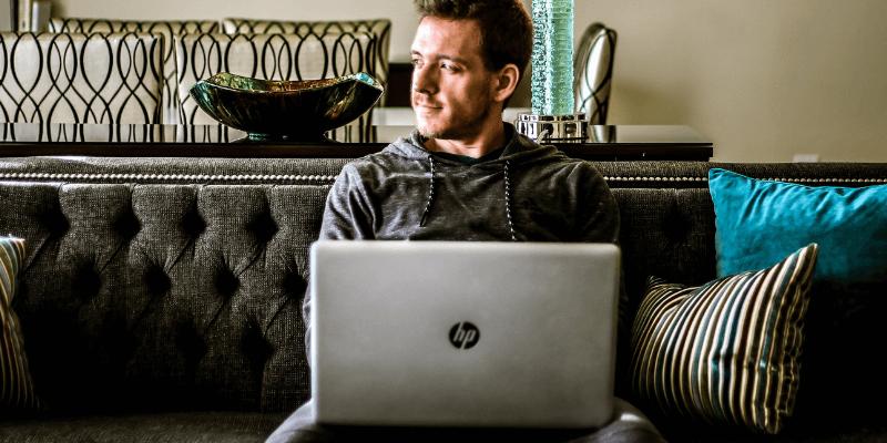 Cómo acelerar una computadora portátil HP lenta